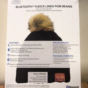 6ab77d9b934 accessory innovations Accessories - Bluetooth fleece lined Pom beanie